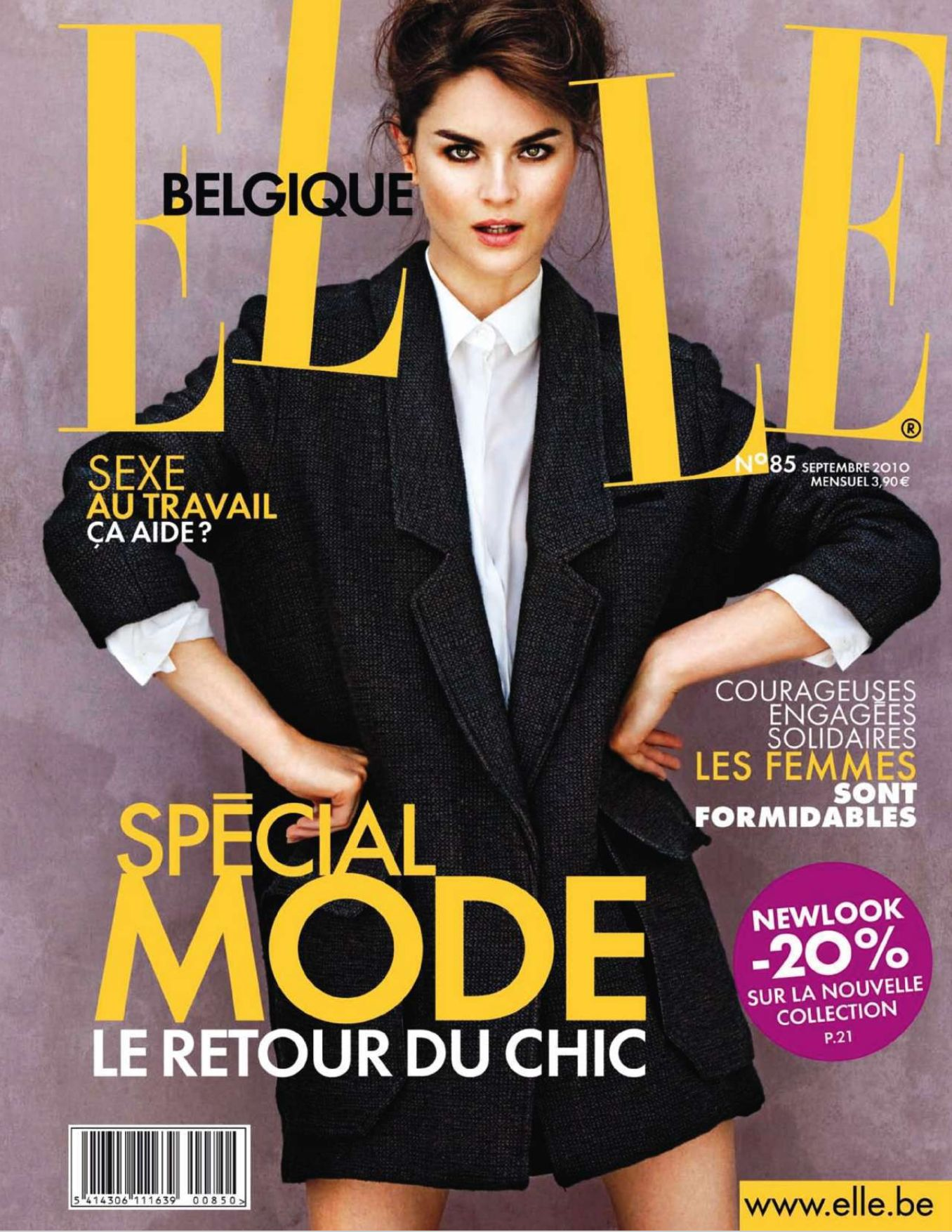 elle belgique magazine septembre 2010 sp cial mode le retour du chic my book is open. Black Bedroom Furniture Sets. Home Design Ideas