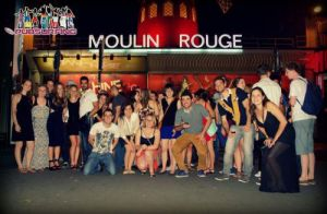 Moulin Rouge Quartier Pigalle The Red Light District PUBSURFING.com ► a new pub crawl experience in Paris !