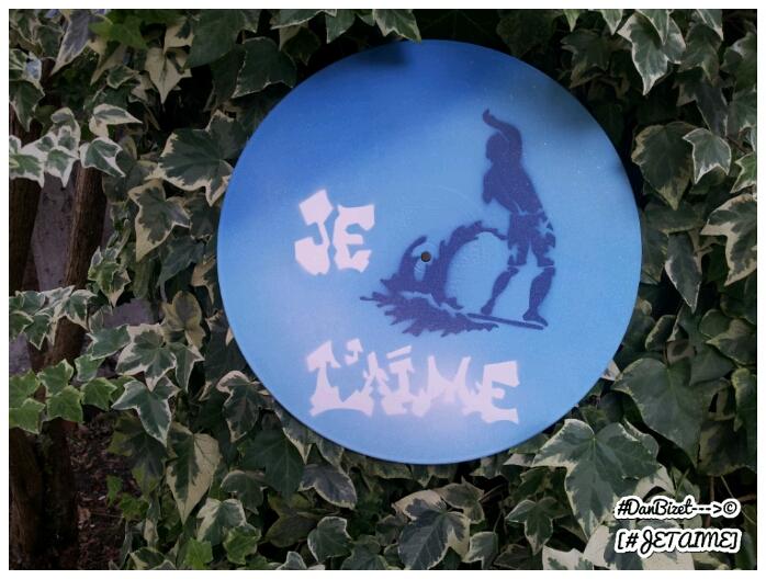 #DanBizet Graffiti Stencil - Le Surfeur [#JETAIME]